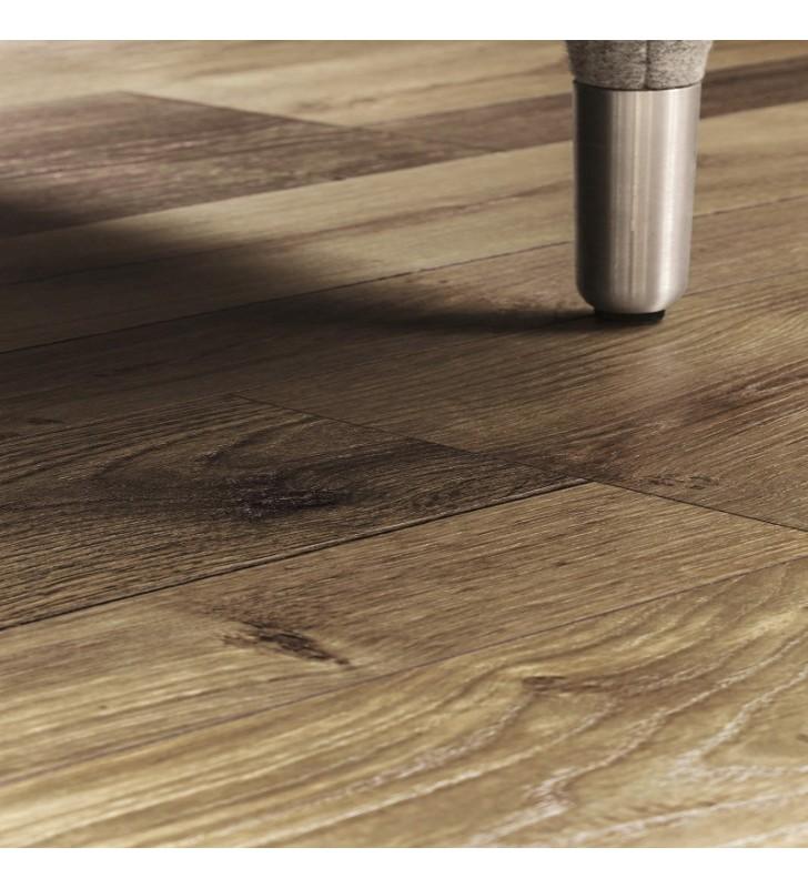 Ламинат Natural Touch Standard Plank Oak FARCO ELEGANCE