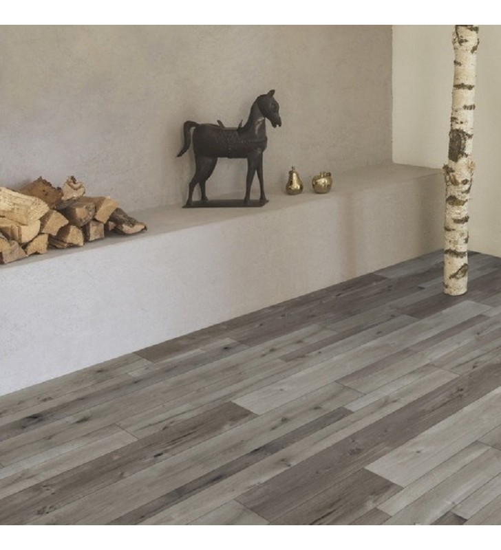Ламинат Natural Touch Standard Plank Oak FARCO COLO
