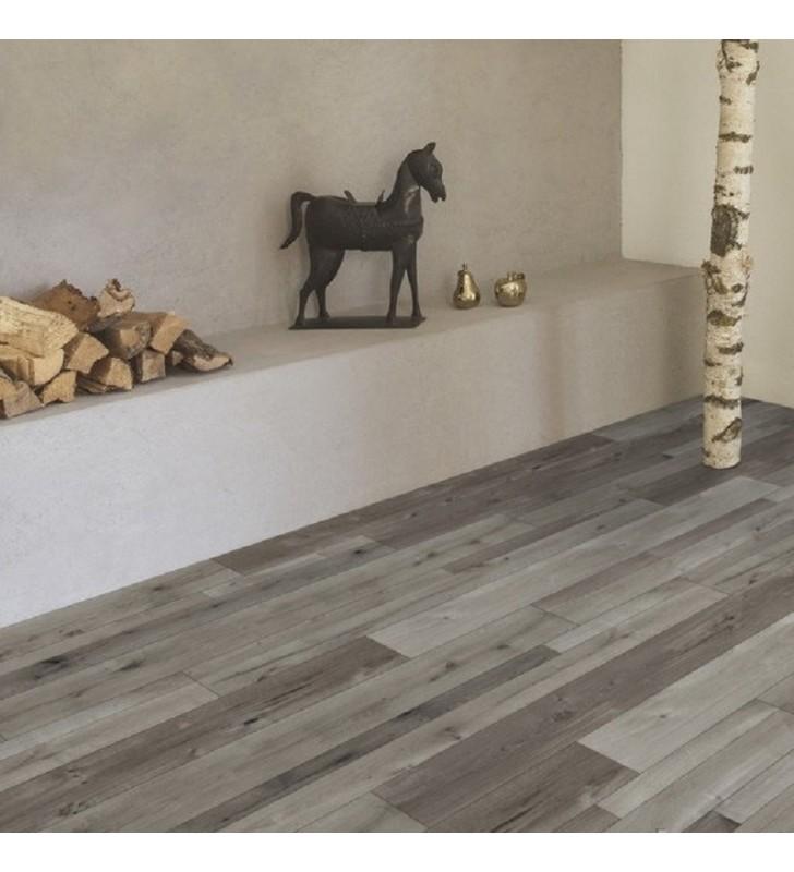 Ламинат Natural Touch Standard Plank Oak FARCO COLO