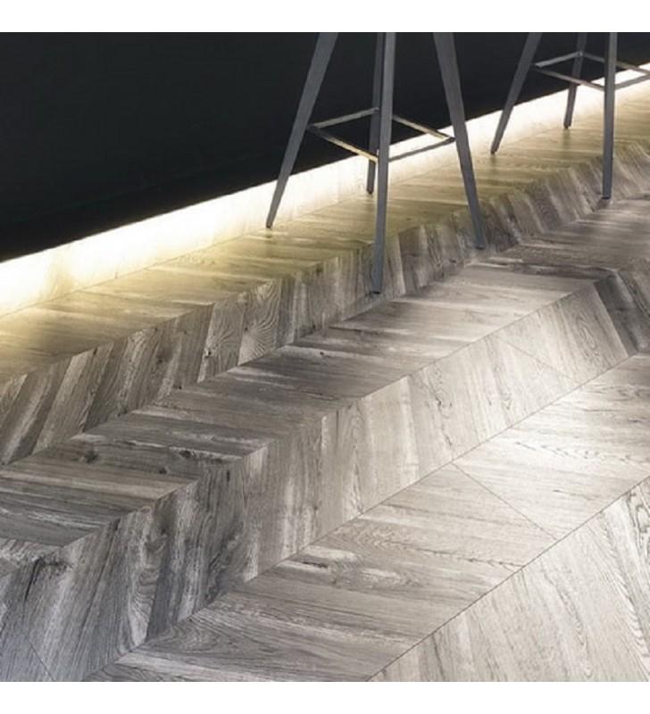 Ламинат Natural Touch Wide Plank(Fishbone)4V Oak FORTRESS KORNBORG