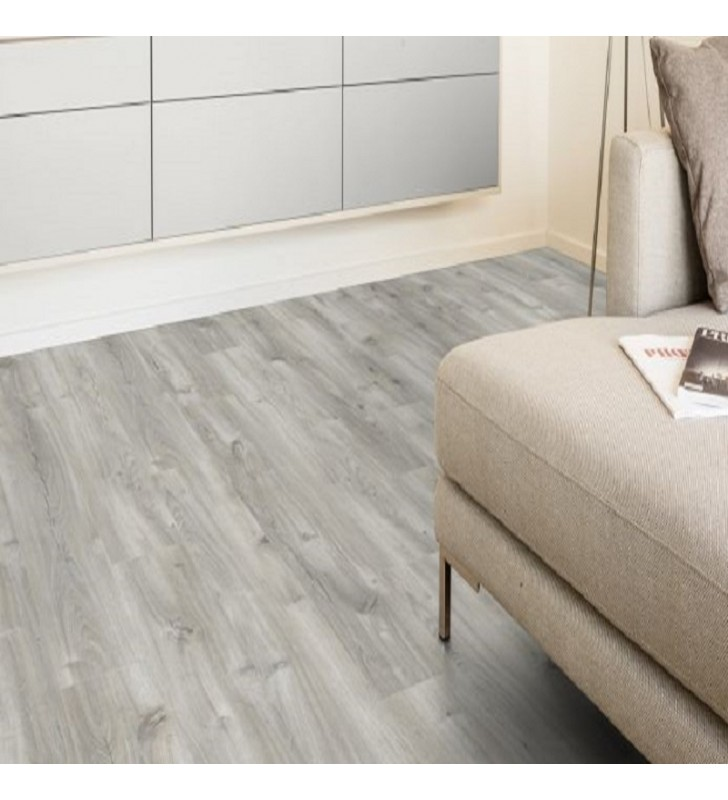 Ламинат Natural Touch Standard Plank Oak ANDORRA