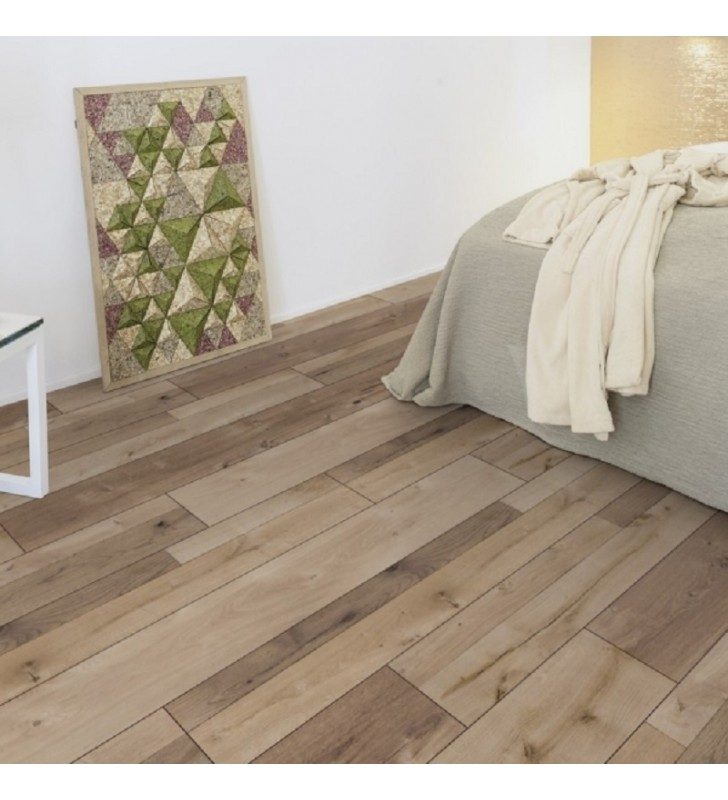 Ламинат Natural Touch Standard Plank Oak FARCO TREND